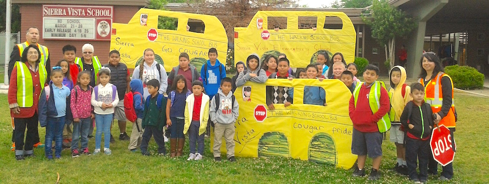 DHF in Action: DHF's Cultiva la Salud and Arvin Union School District Successfully Launch Daily Walking School Bus 4/11/16